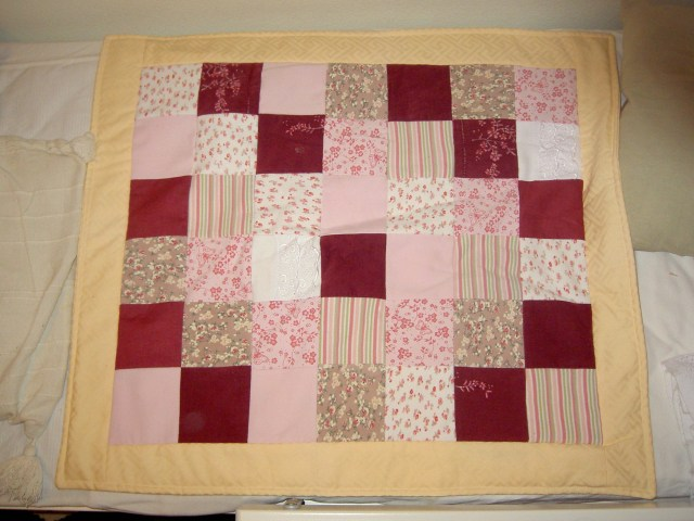 R baby clothes quilt