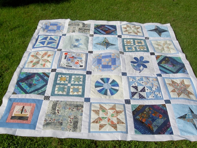 Elita quilt top finished